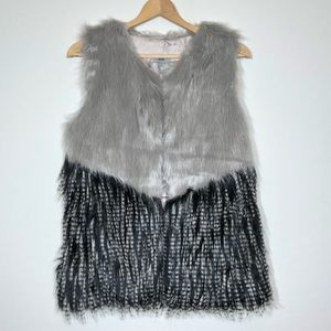Faux Fur Vest Medium Gray Black Skeeveless